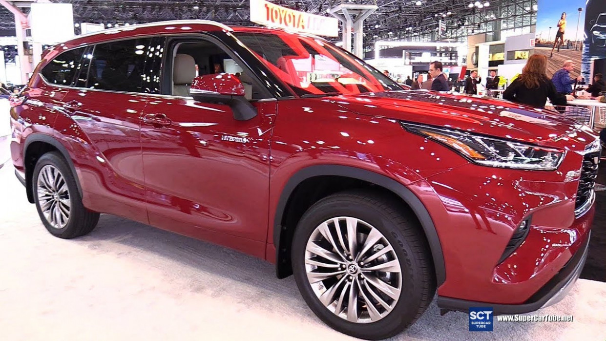 New Review Toyota Kluger 2022 Interior