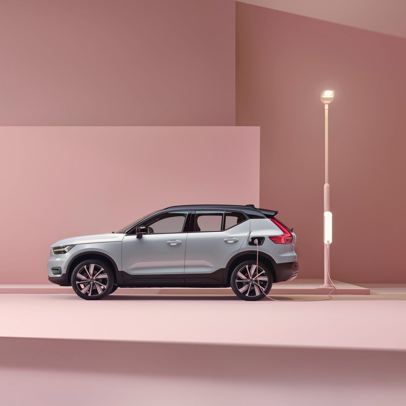 Specs Volvo All Electric By 2022
