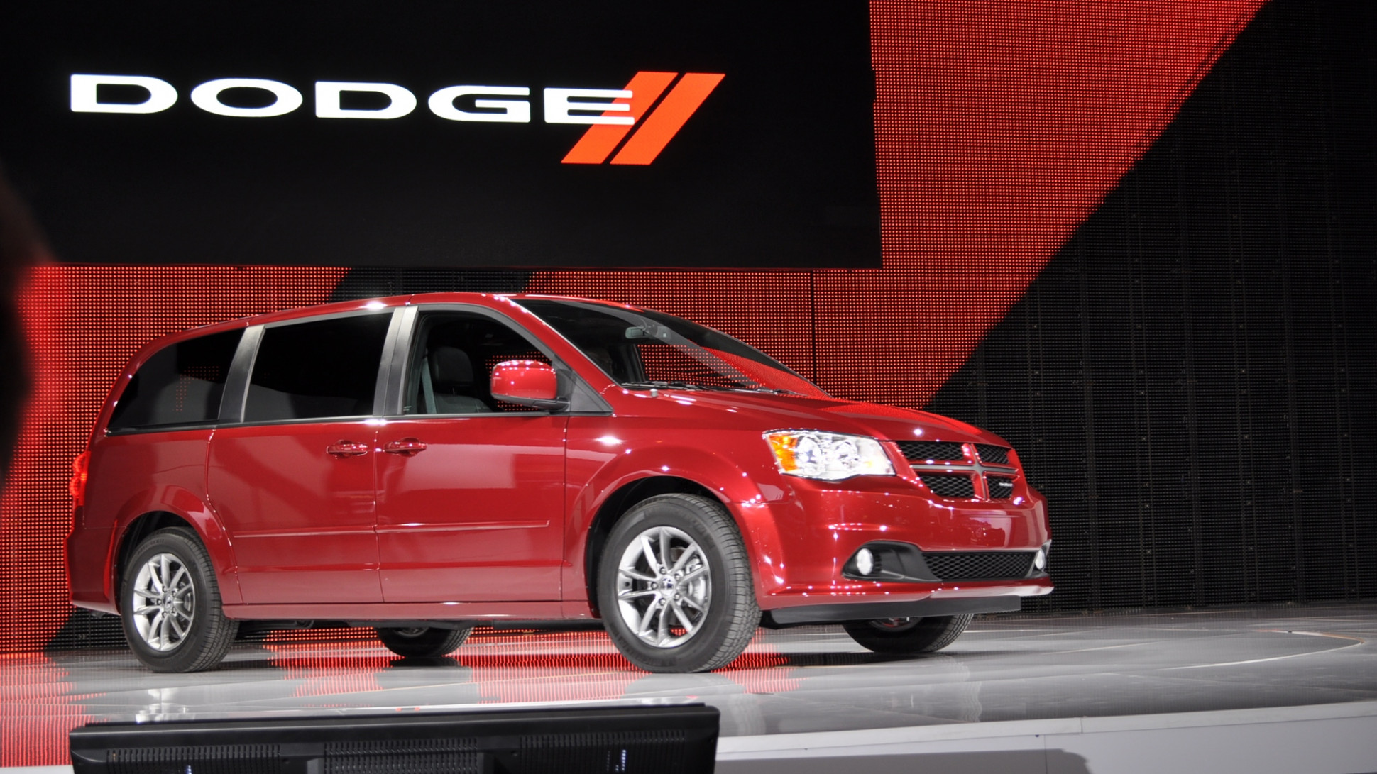 Exterior and Interior 2022 Dodge Caravan