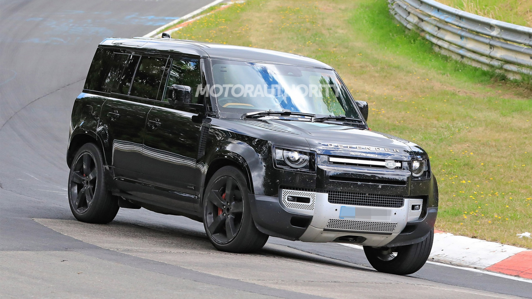 Specs and Review 2022 Land Rover Defender