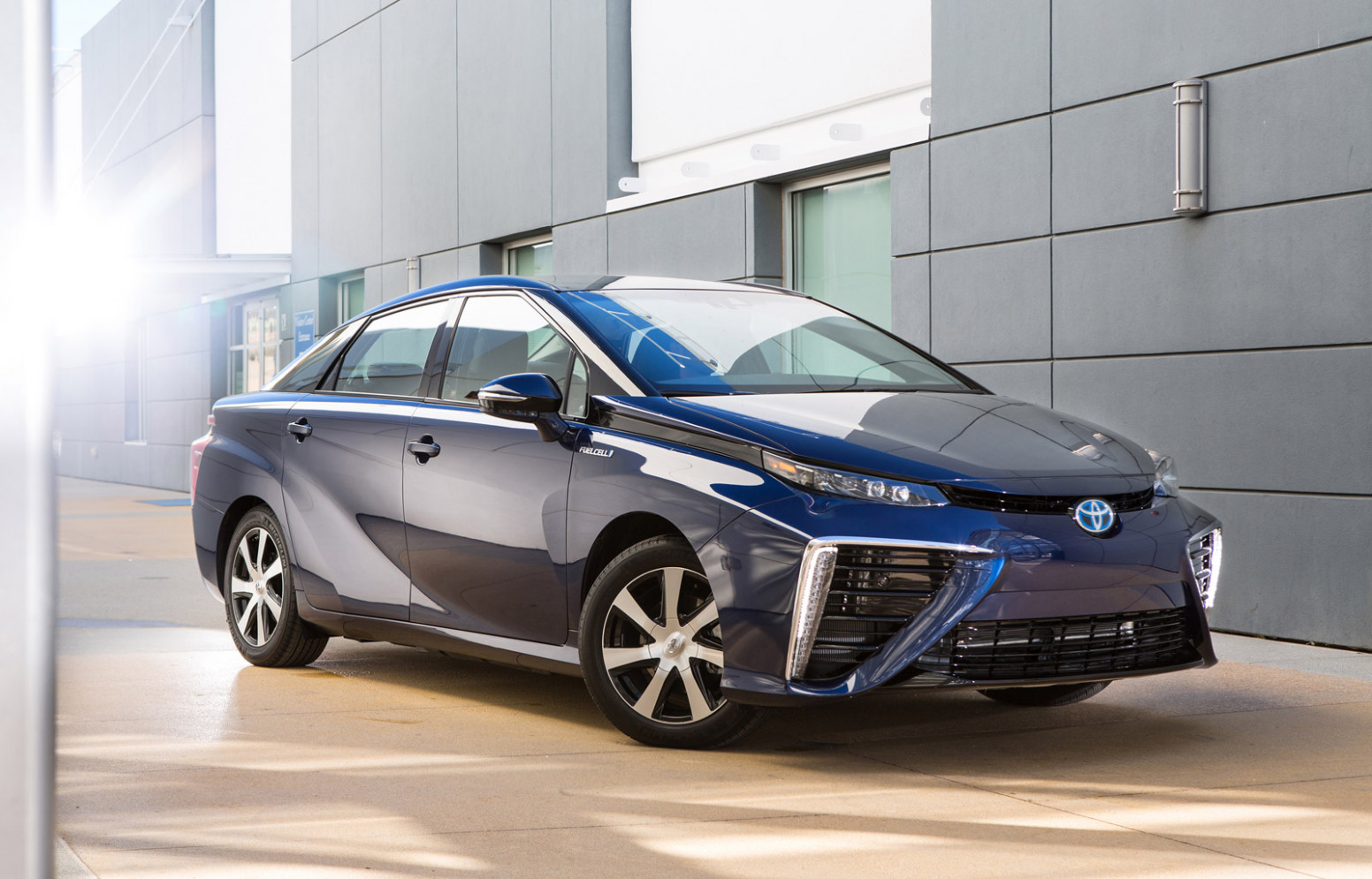 Reviews Toyota Mirai 2022