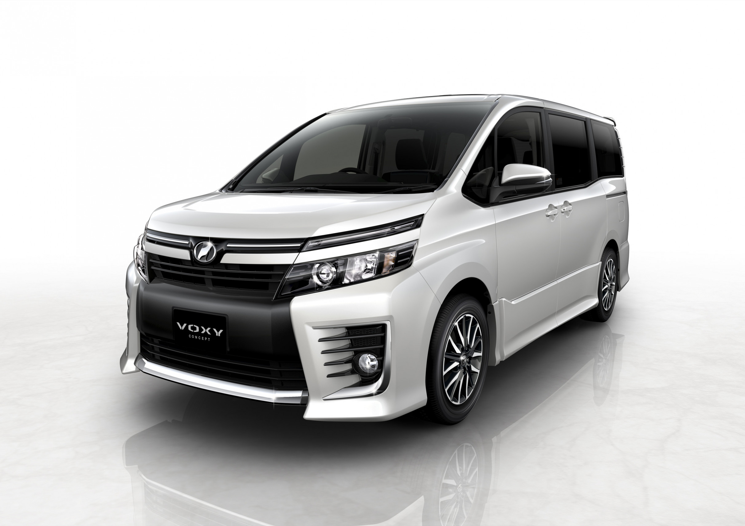 Redesign and Review Toyota Voxy 2022