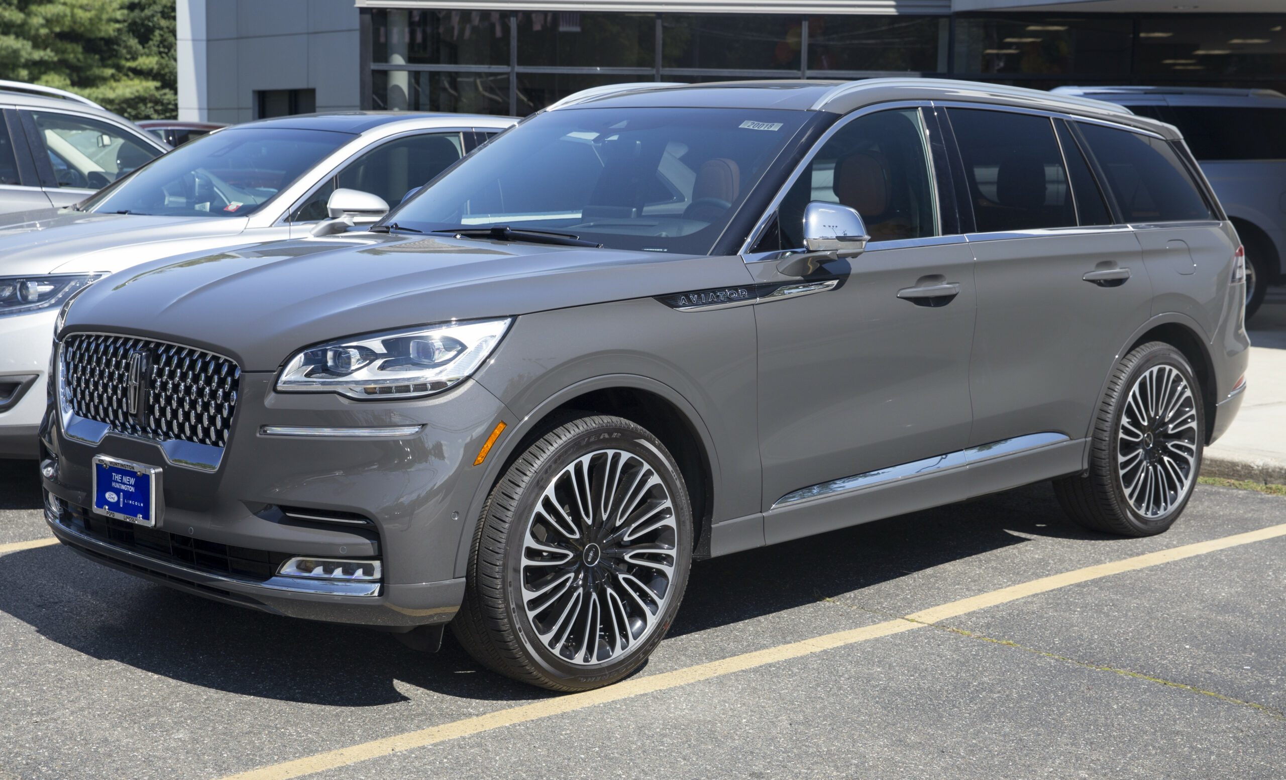 Redesign and Concept 2022 Lincoln Town Car