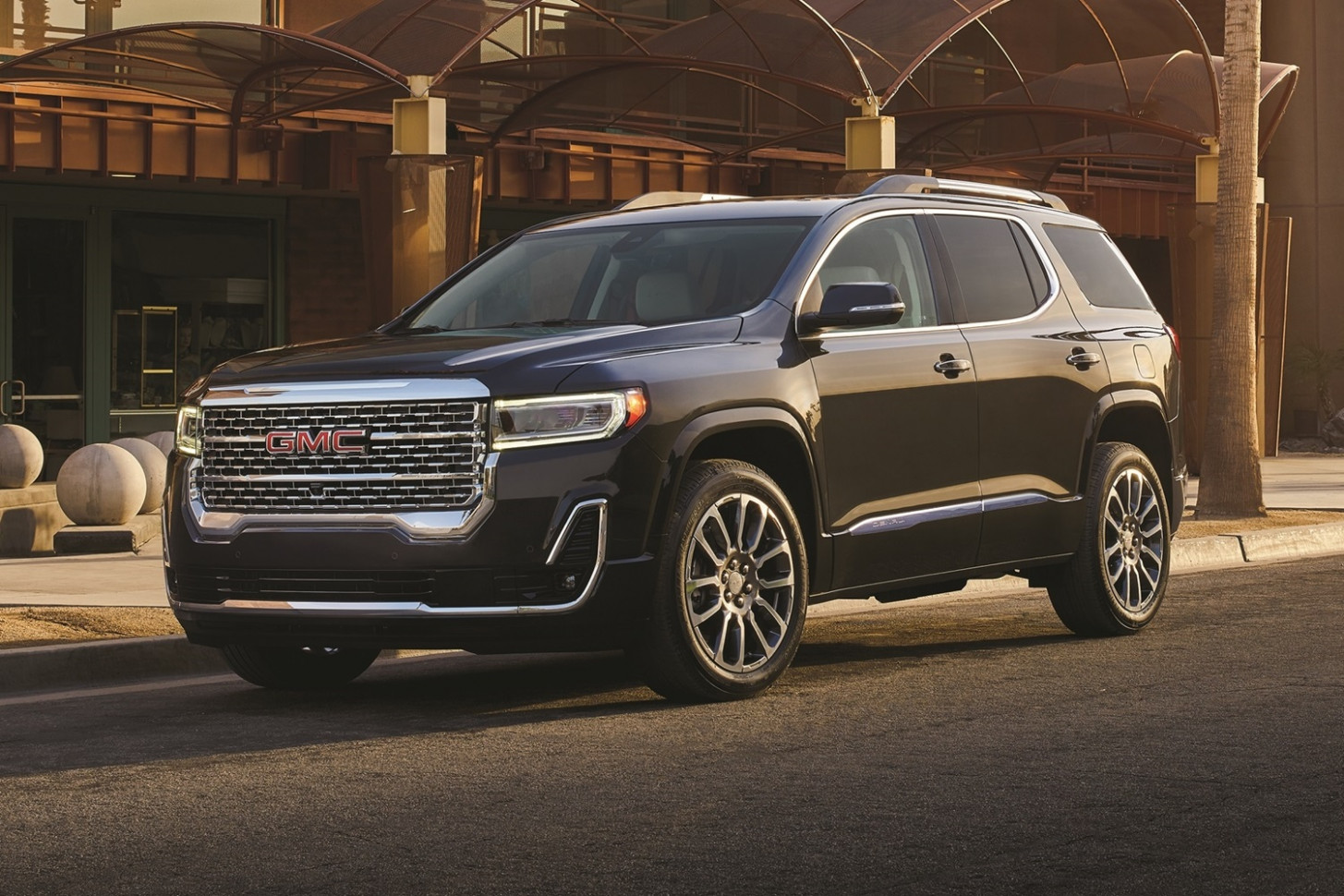 Exterior and Interior 2022 Gmc Acadia Mpg