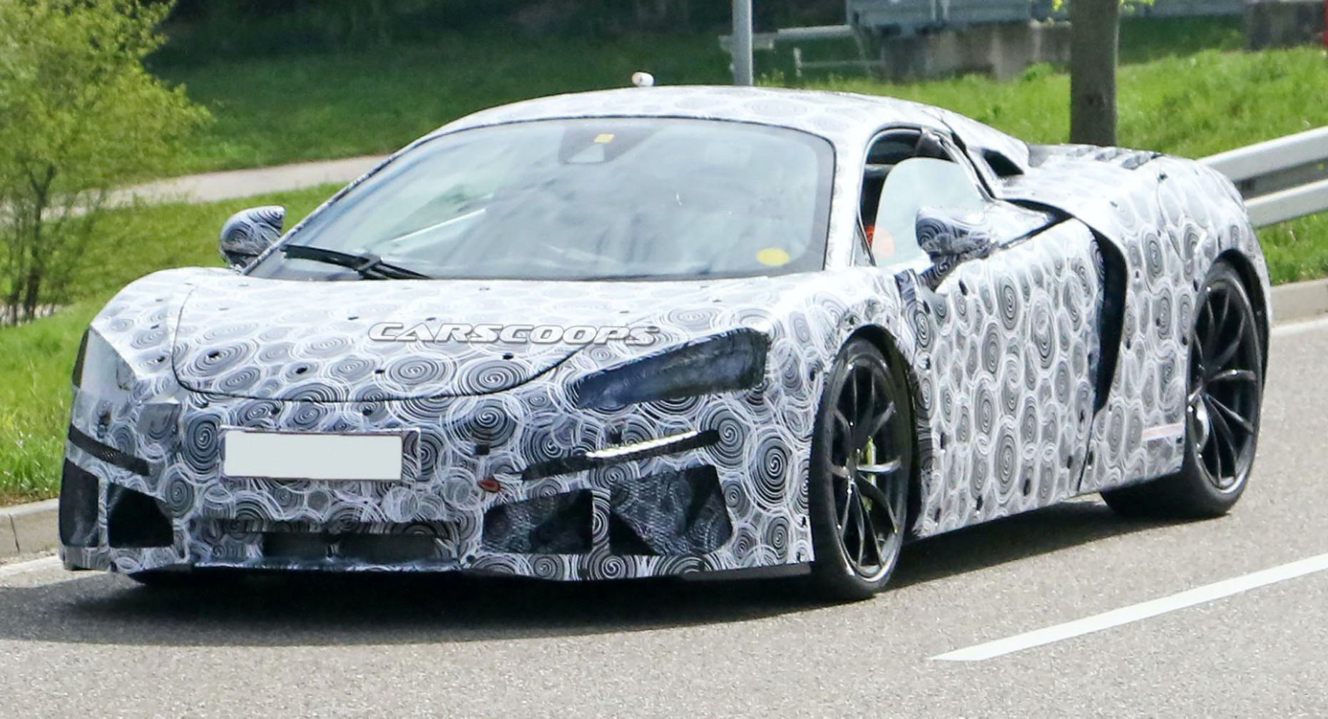 Redesign and Review 2022 McLaren 570S Coupe