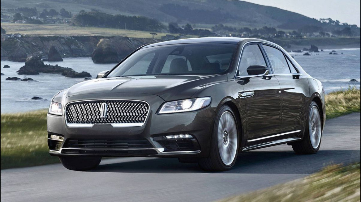Review 2022 Lincoln Town
