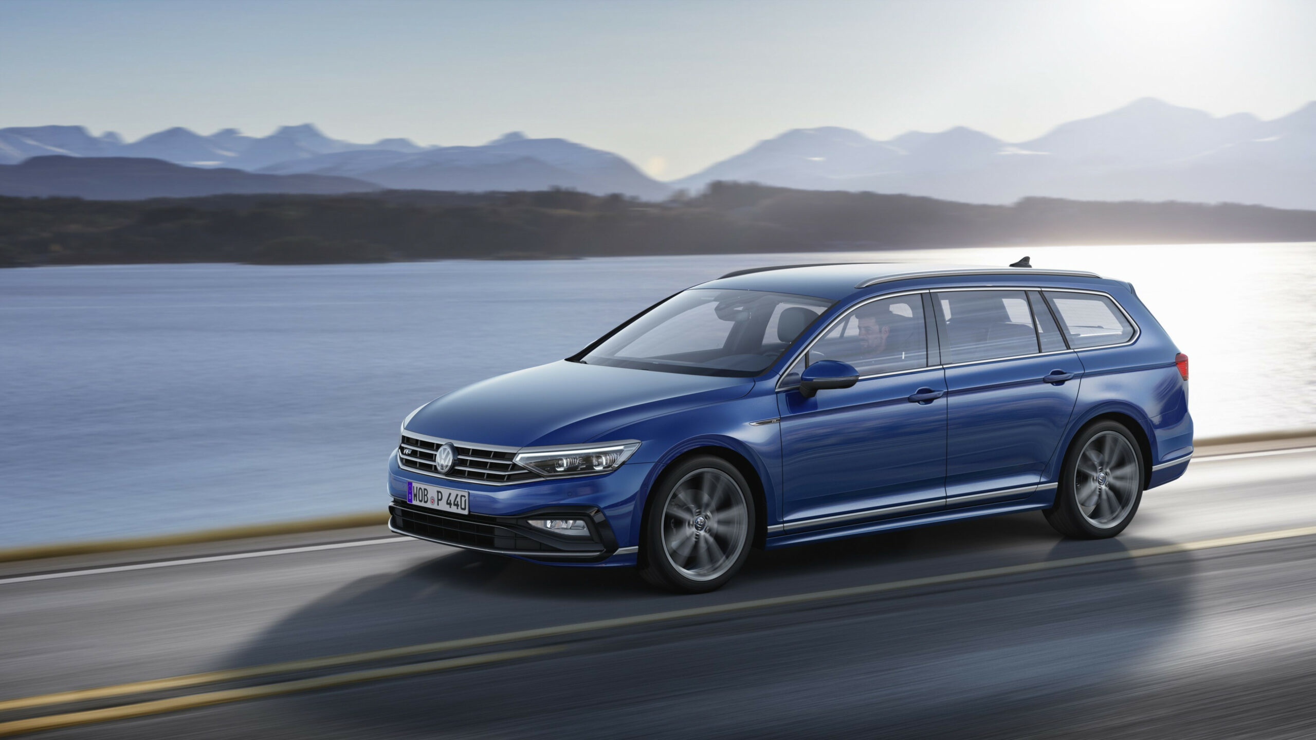 Photos Volkswagen Passat 2022 Europe