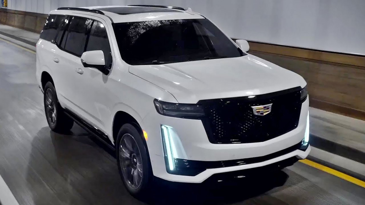 Redesign and Review 2022 Cadillac Escalade Premium Luxury