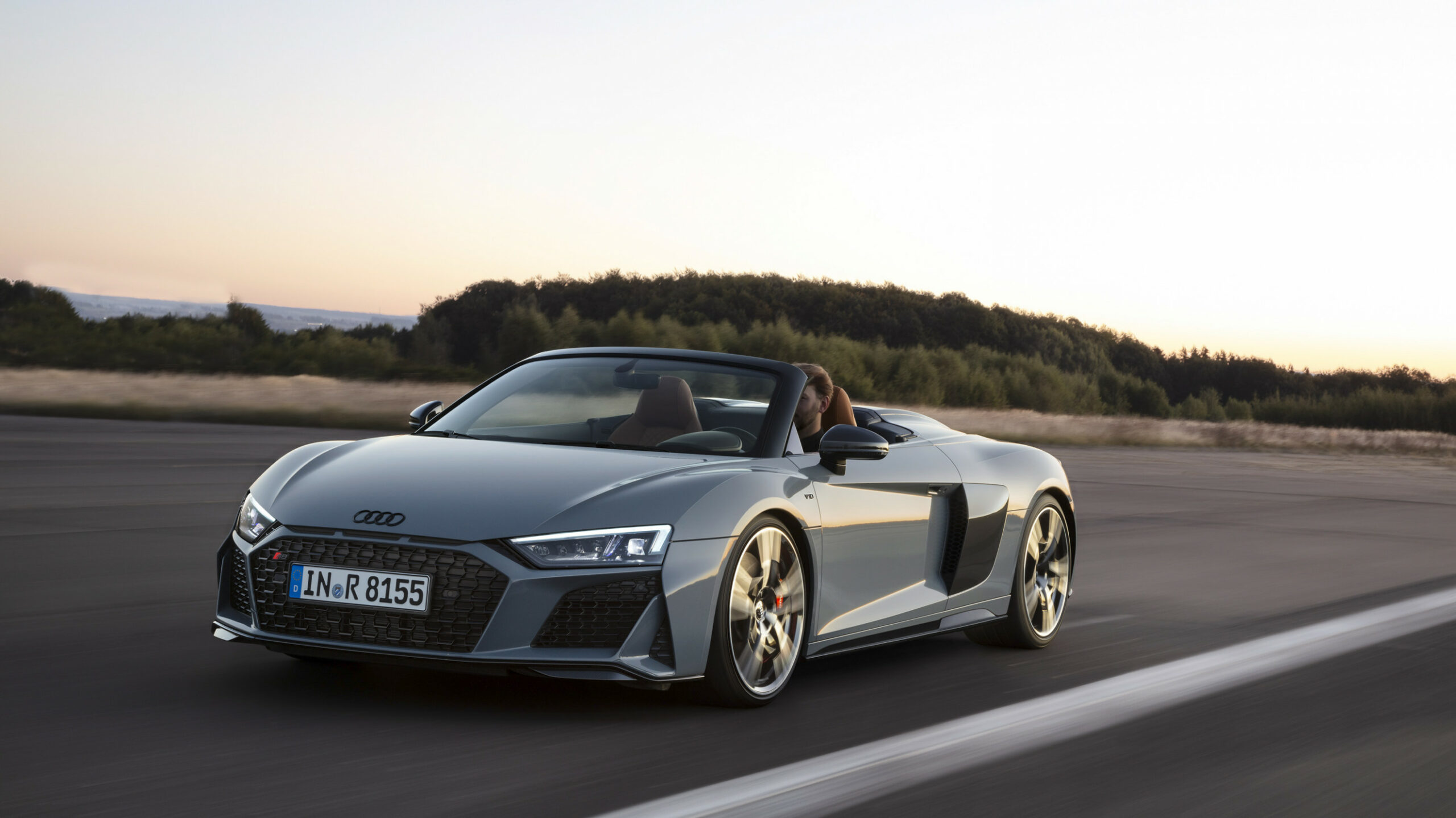 Concept and Review 2022 Audi R8 V10 Spyder