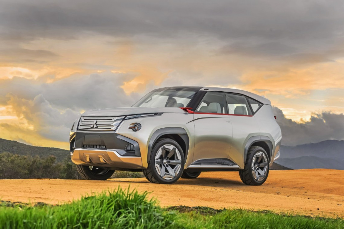 Spesification Mitsubishi New Pajero 2022