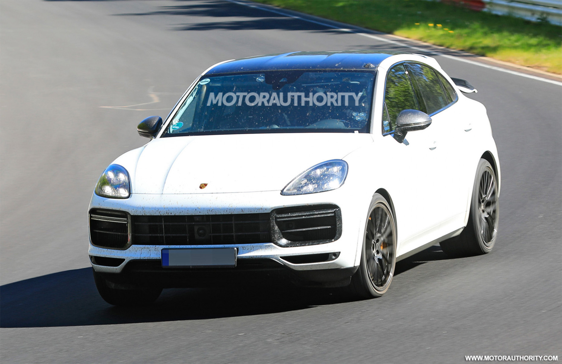 Concept and Review 2022 Porsche Cayenne Model