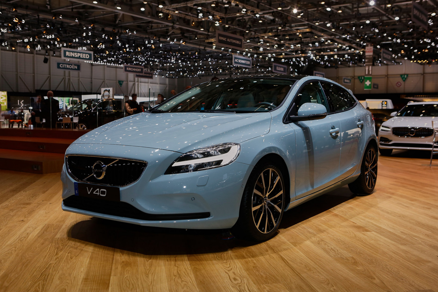 Redesign and Concept 2022 Volvo S40