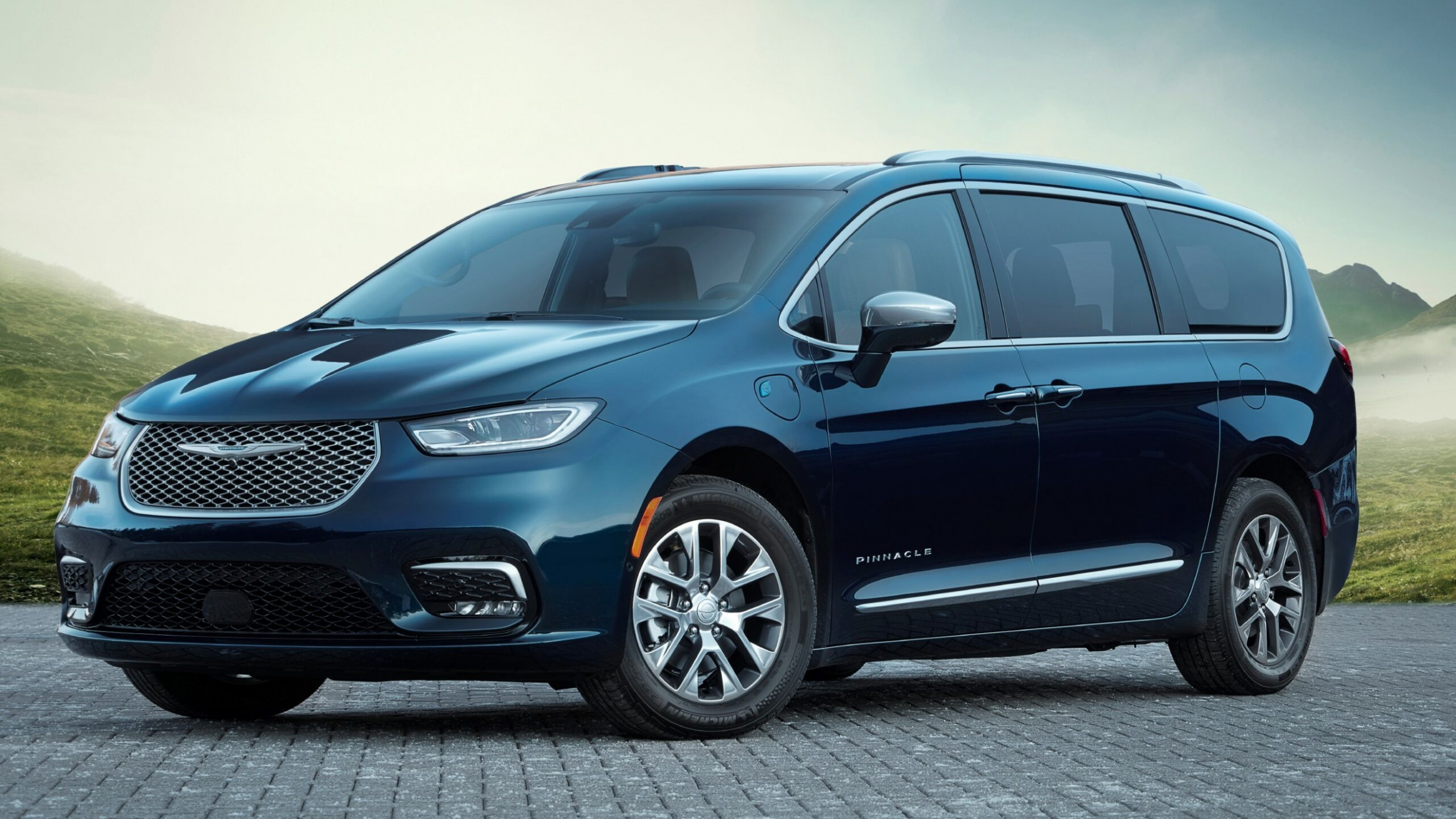 Overview 2022 Chrysler Town Country Awd