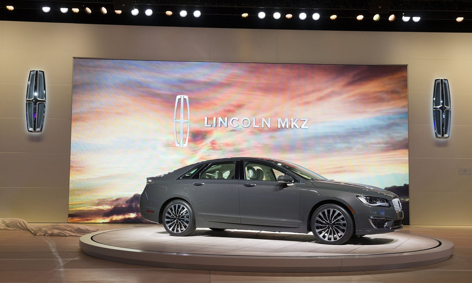 Review and Release date 2022 Lincoln MKZ