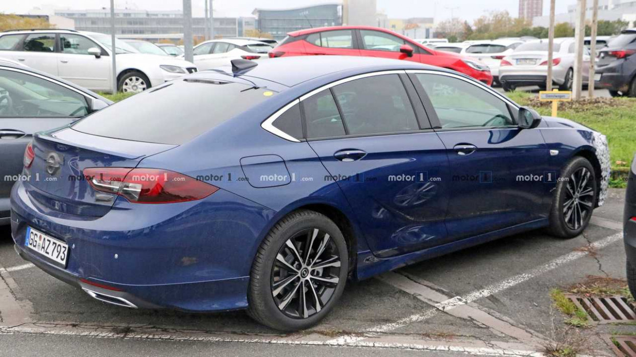 Pictures 2022 New Opel Insignia