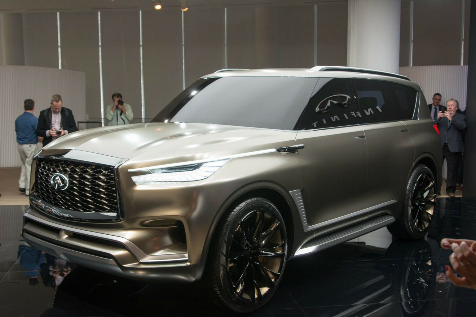 interior when does the 2022 infiniti qx80 come out - cars