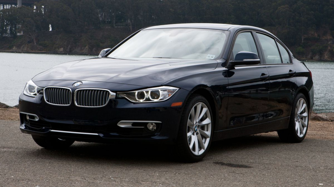 Research New 2022 BMW 335i