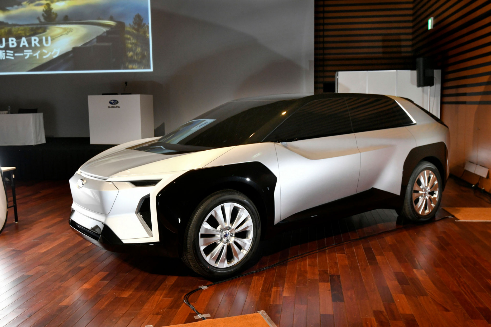 Specs and Review Toyota Ev 2022
