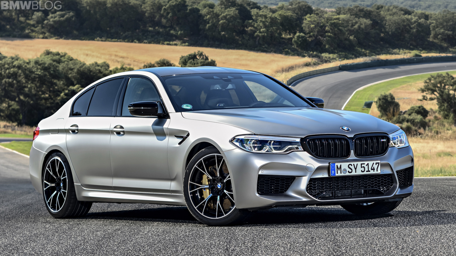 Wallpaper 2022 BMW M5