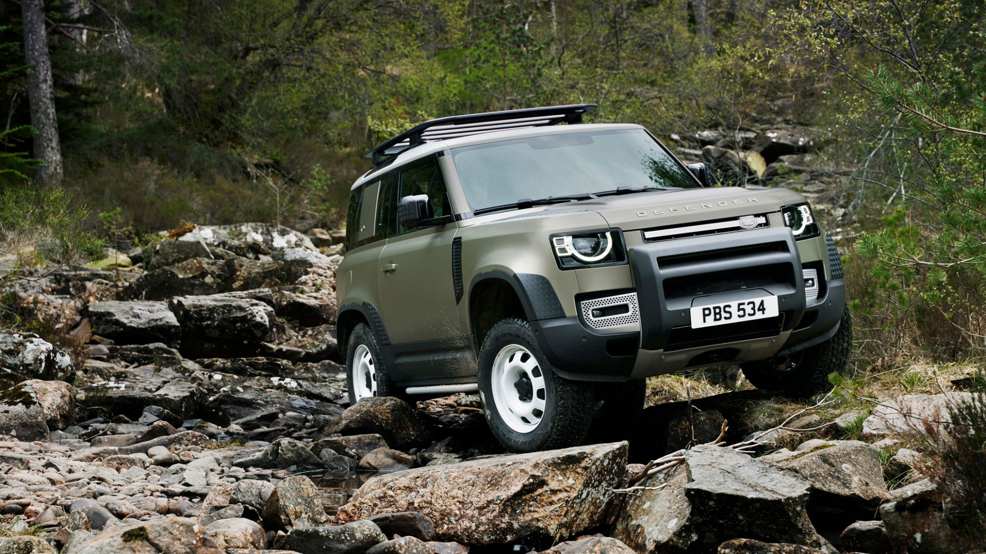 Research New 2022 Land Rover LR4