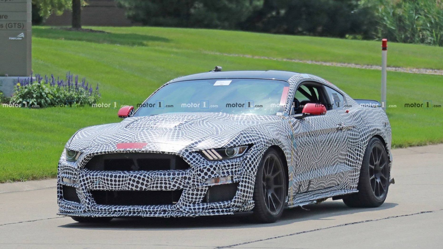 Redesign and Review 2022 The Spy Shots Ford Mustang Svt Gt 500