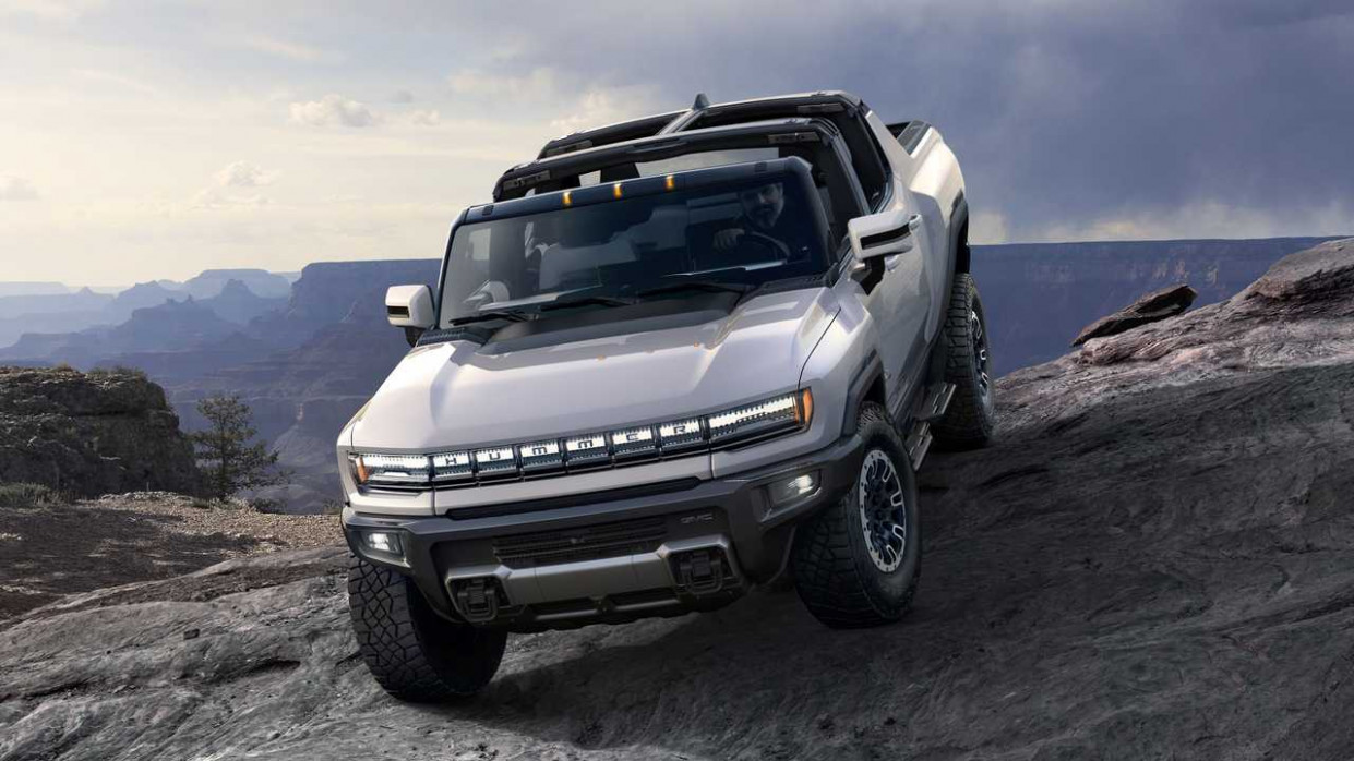 Exterior 2022 Chevy Avalanche