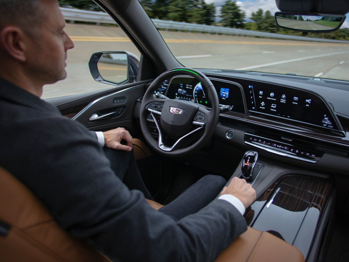 Spy Shoot Cadillac Ct5 To Get Super Cruise In 2022