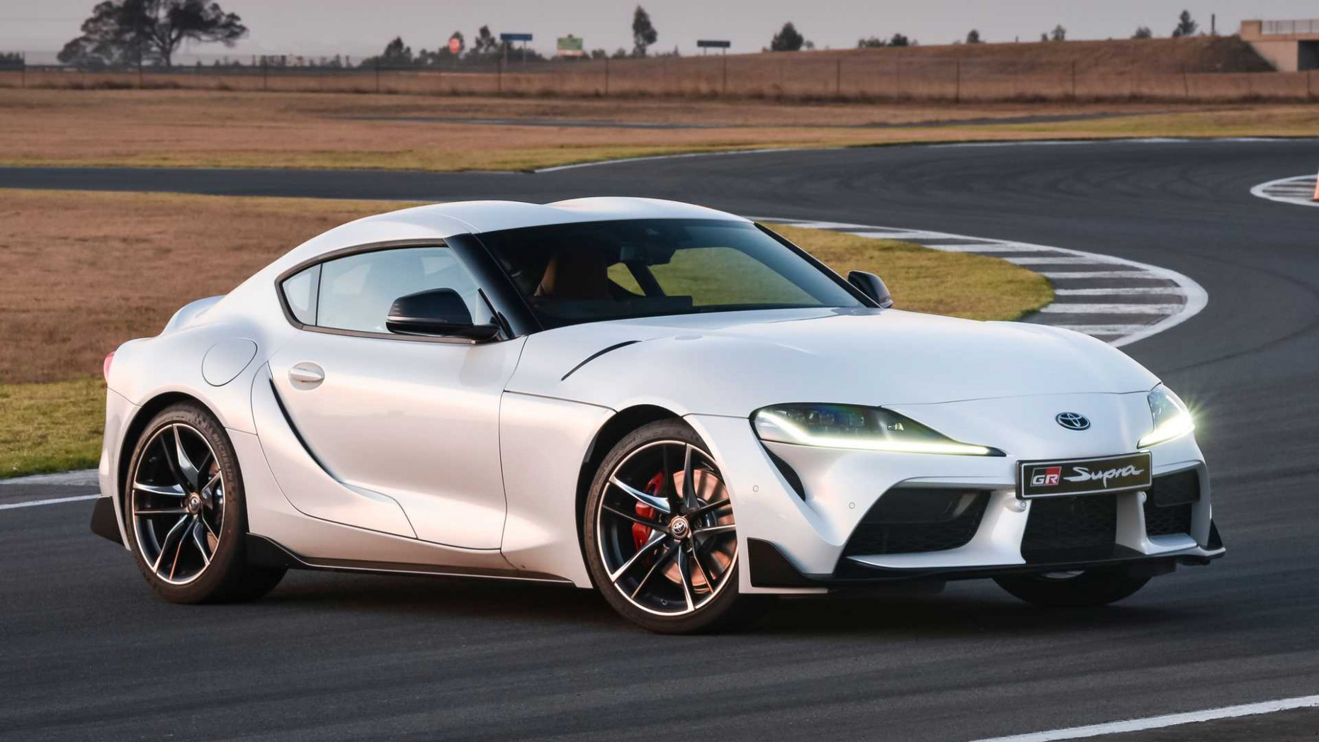 Performance and New Engine Pictures Of The 2022 Toyota Supra