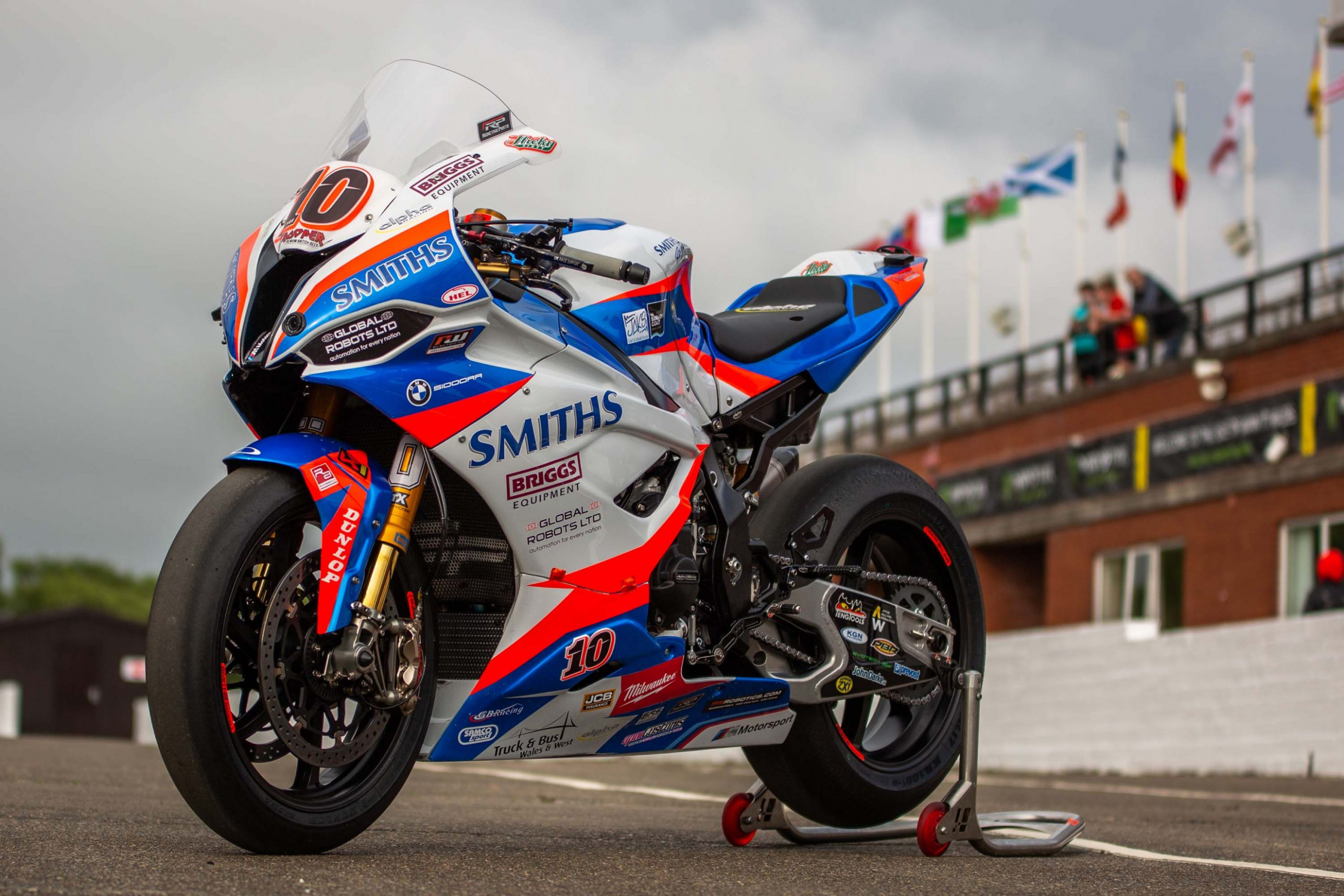 Review and Release date 2022 BMW S1000Rr
