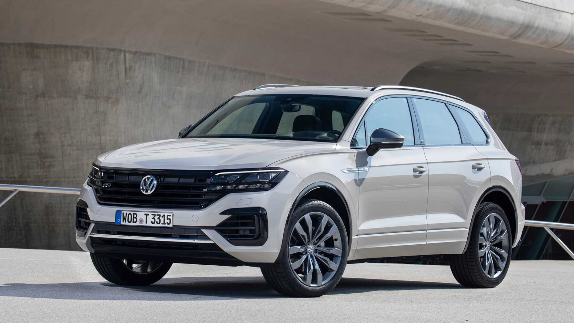 Pictures 2022 Volkswagen Touareg