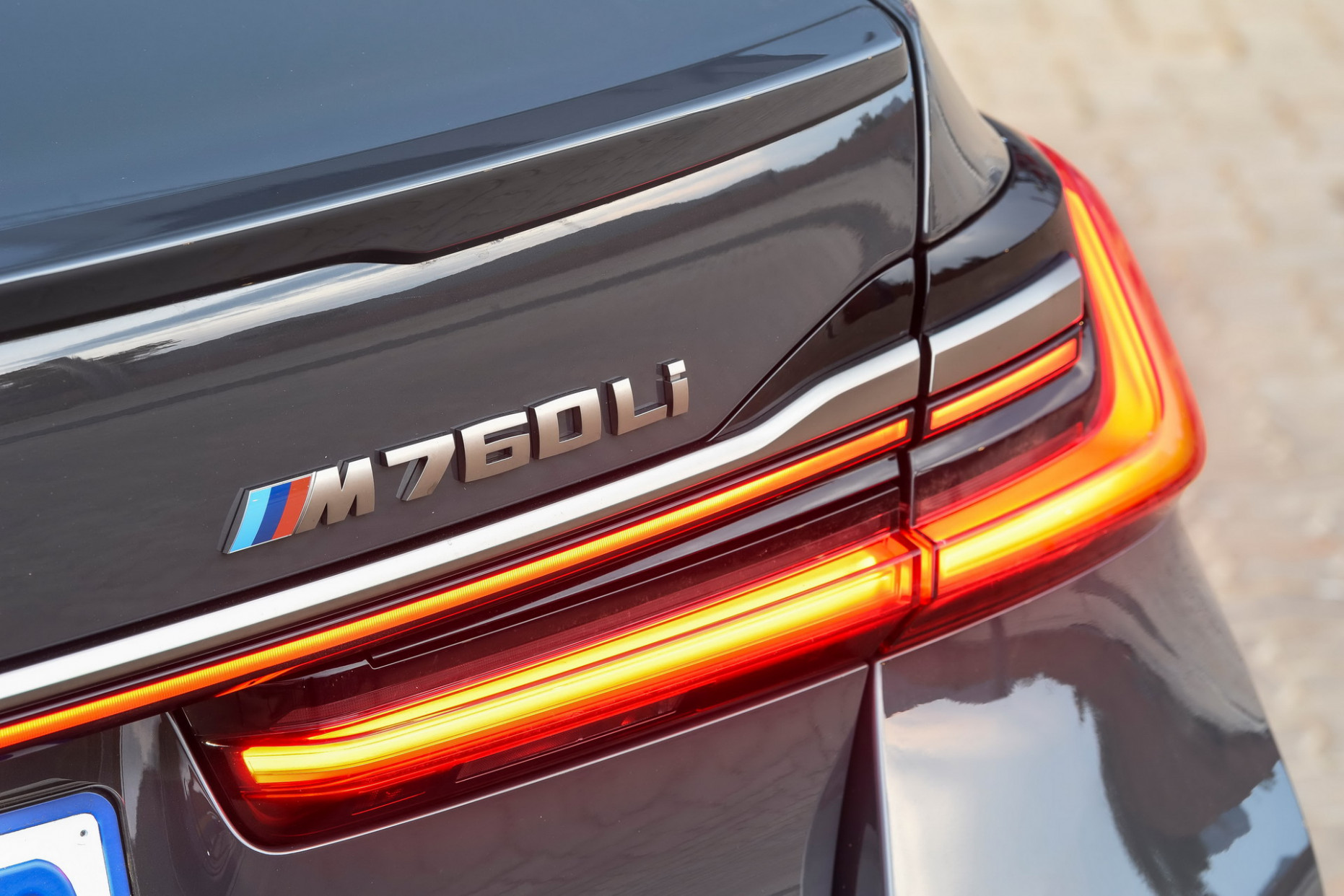 Redesign and Review 2022 BMW 750Li Xdrive