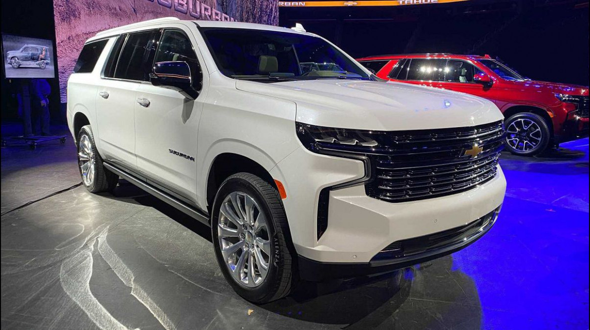 Research New 2022 Chevy Suburban Z71