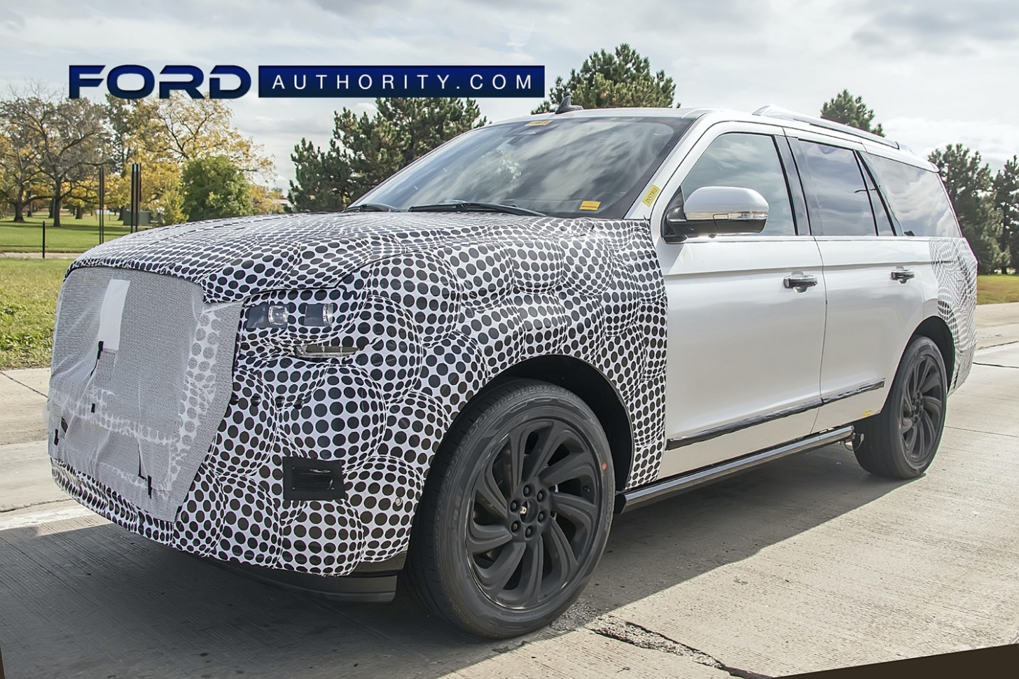 Exterior and Interior Ford Lincoln Navigator 2022