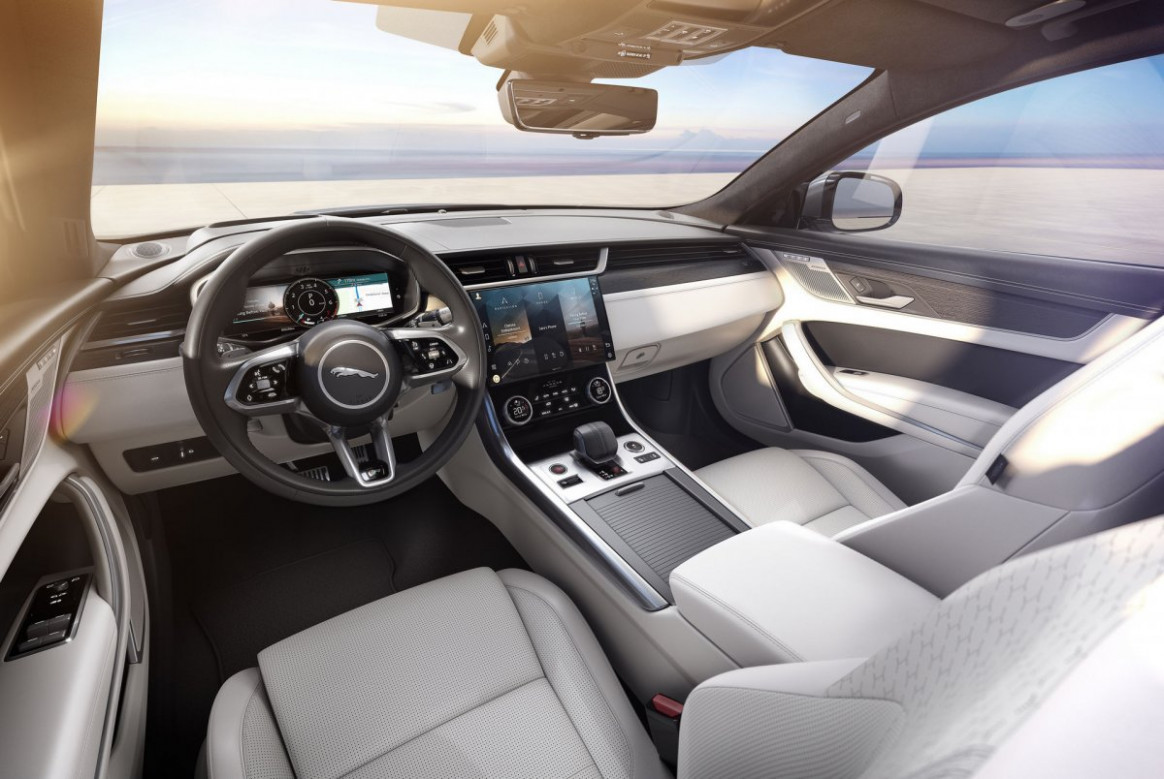 Pictures New Jaguar Xe 2022 Interior
