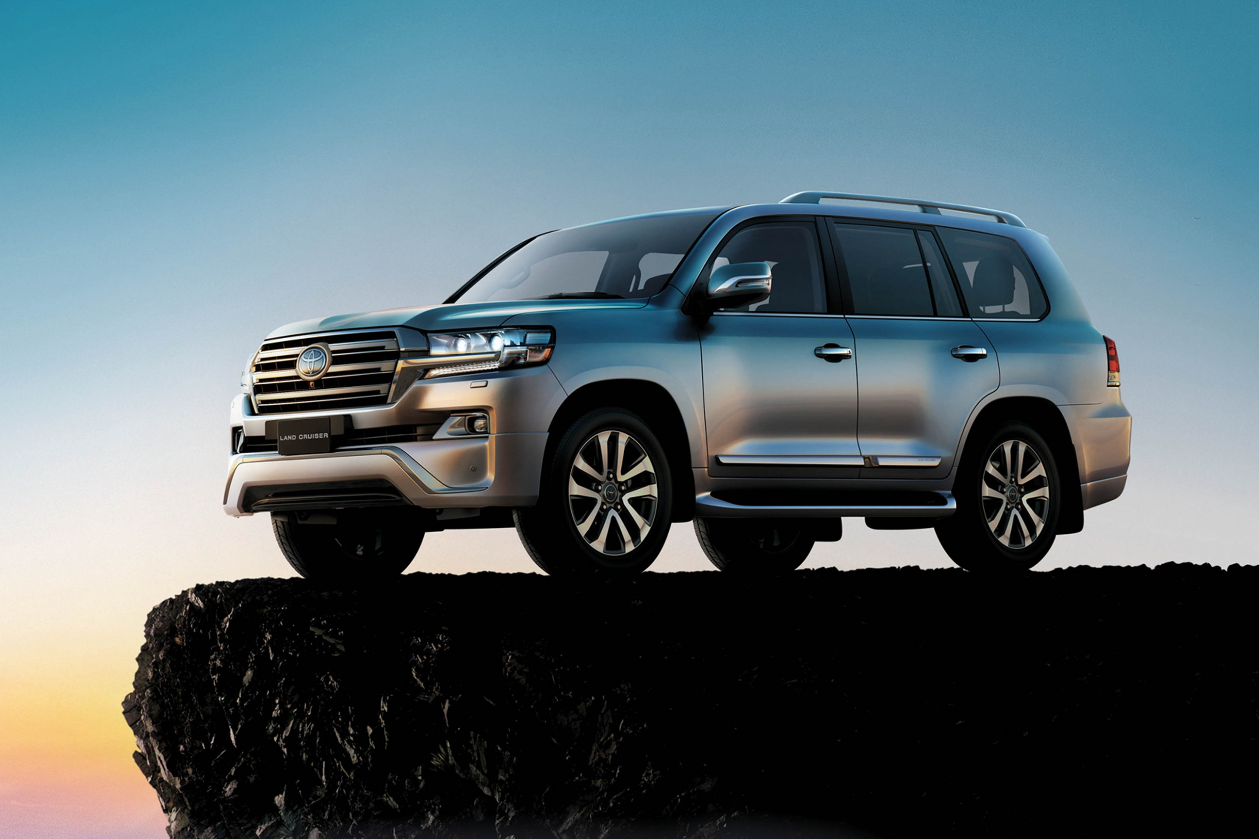 Picture Toyota New Land Cruiser 2022