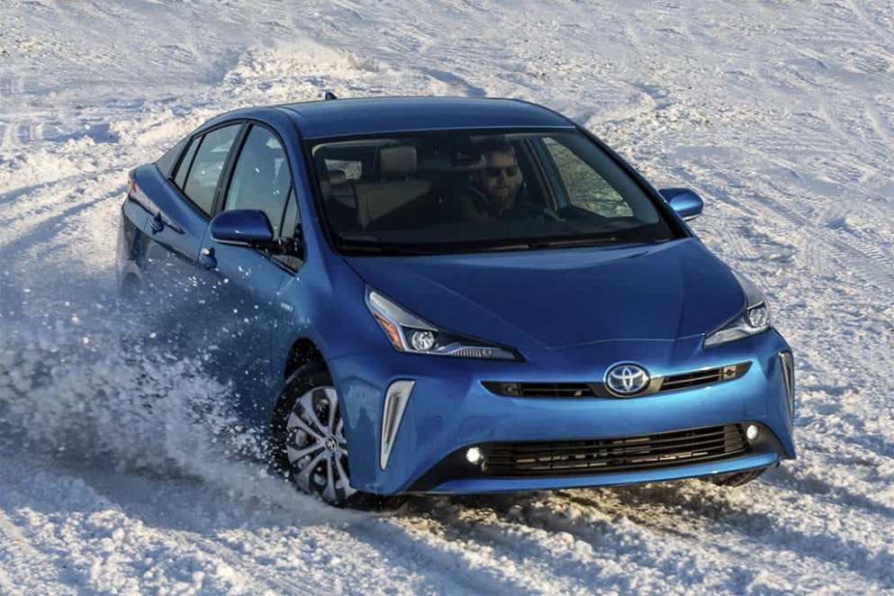 Ratings 2022 Toyota PriusPictures