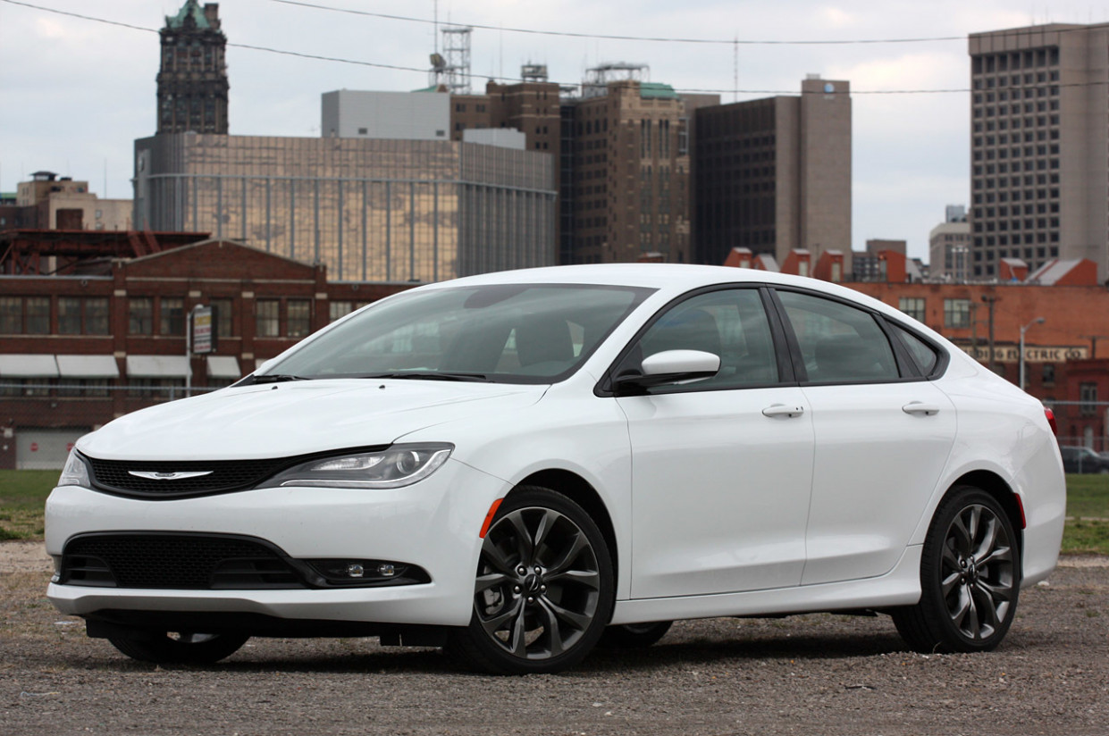Price and Review 2022 Chrysler 200