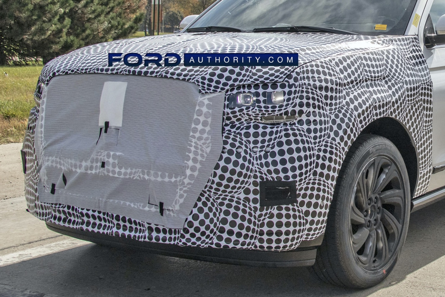 Research New 2022 Lincoln MKS Spy Photos