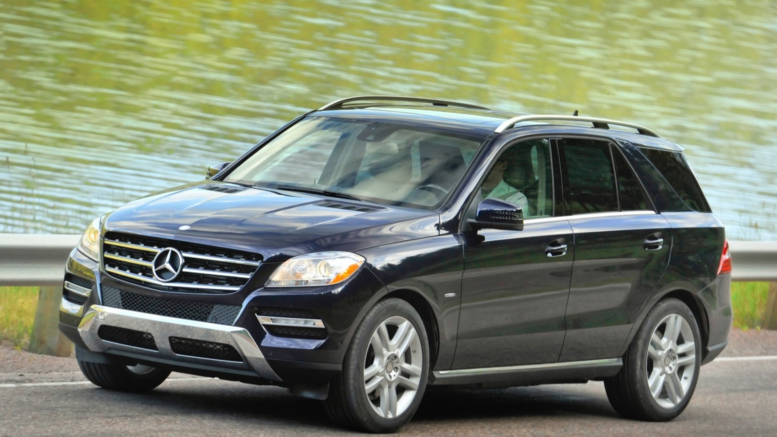 Images 2022 Mercedes ML Class 400