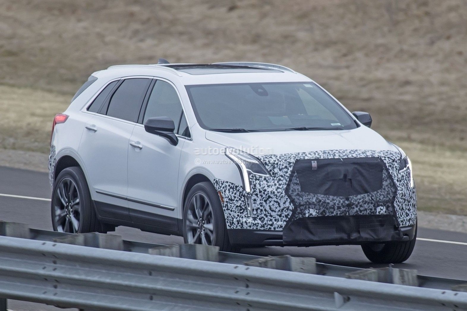 Release Date and Concept 2022 Spy Shots Cadillac Xt5