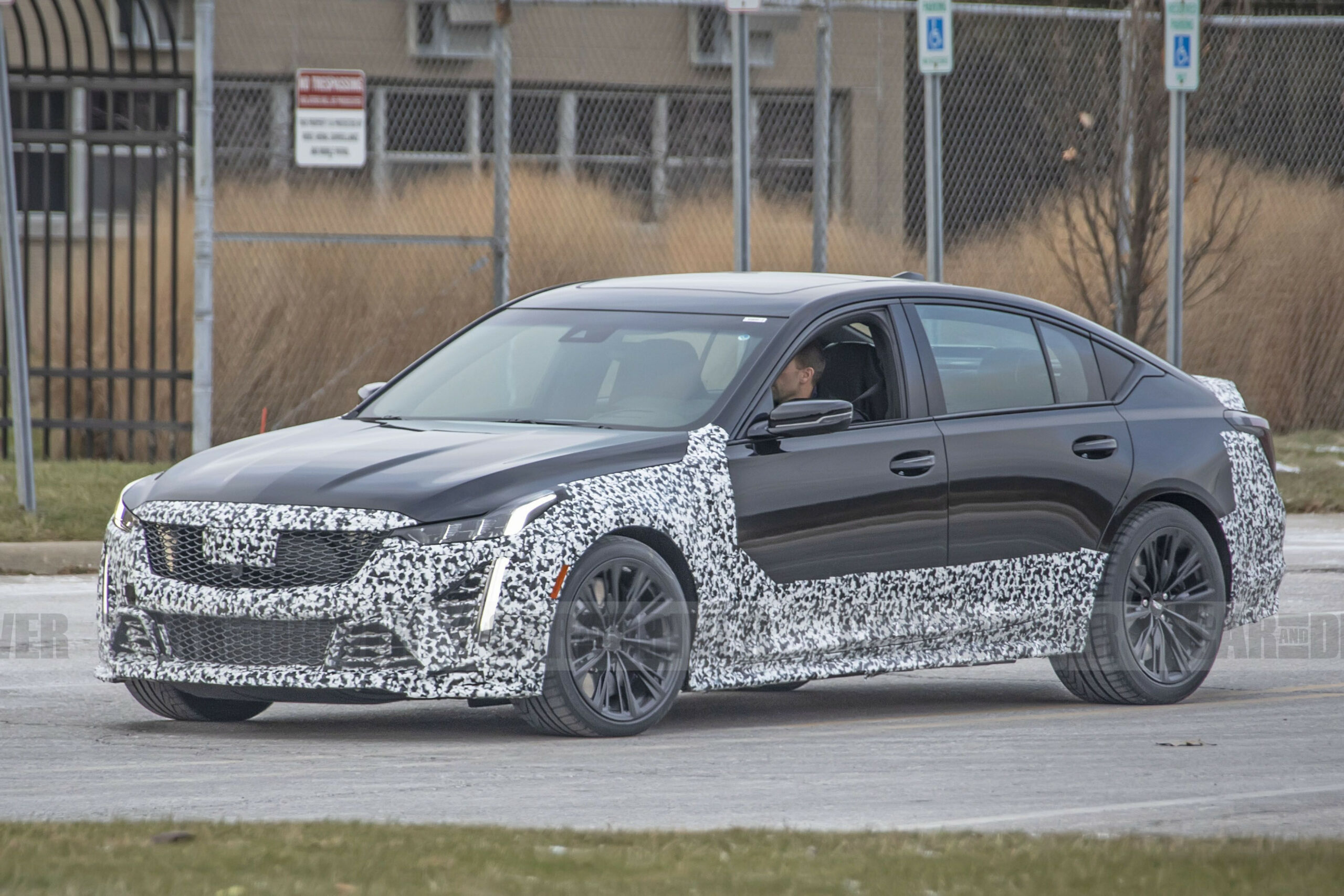 Redesign and Concept Cadillac V Series 2022