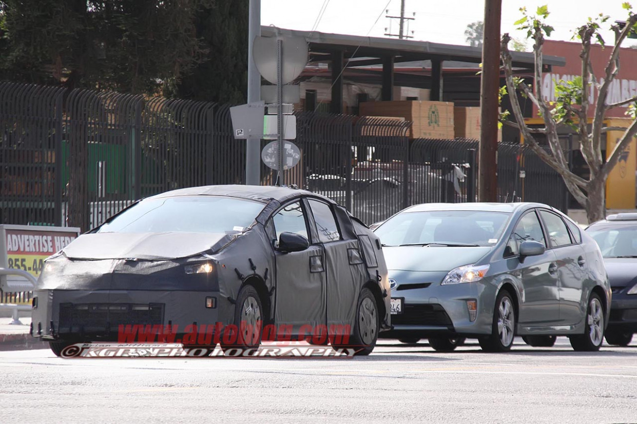 Specs and Review Spy Shots Toyota Prius