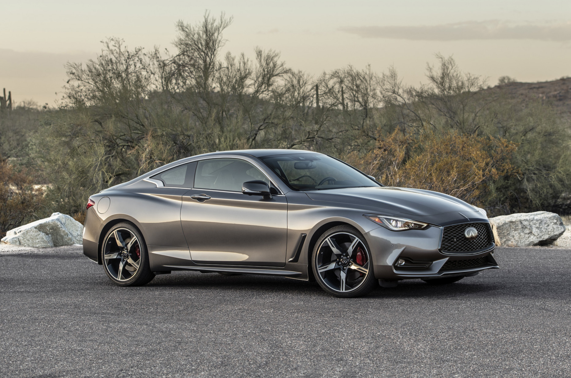 Pictures 2022 Infiniti Q60 Coupe Convertible