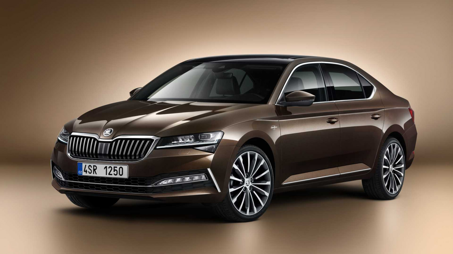 Redesign and Review 2022 New Skoda Superb