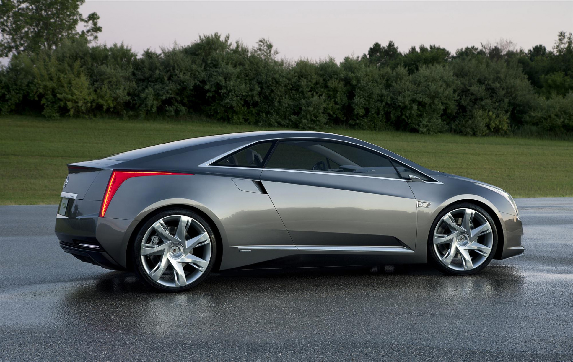 First Drive 2022 Cadillac ELR S