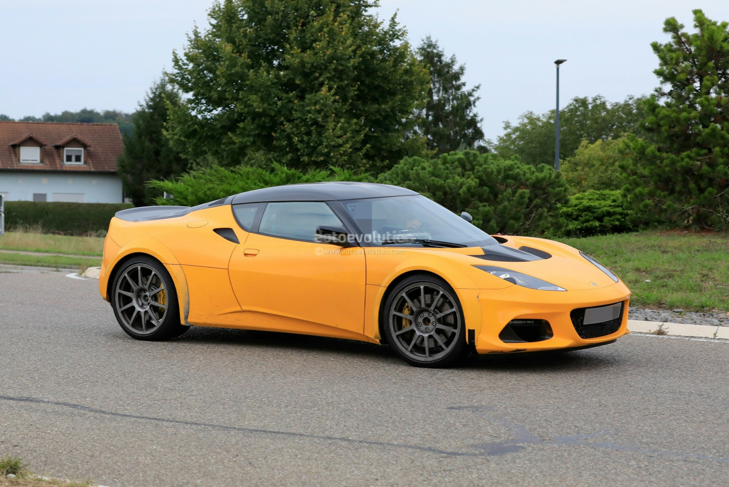 Redesign and Review 2022 Lotus Evora