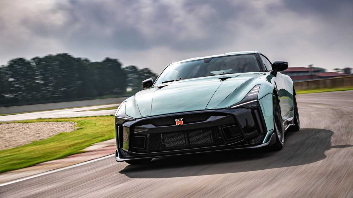 Price and Review 2022 Nissan GT-R