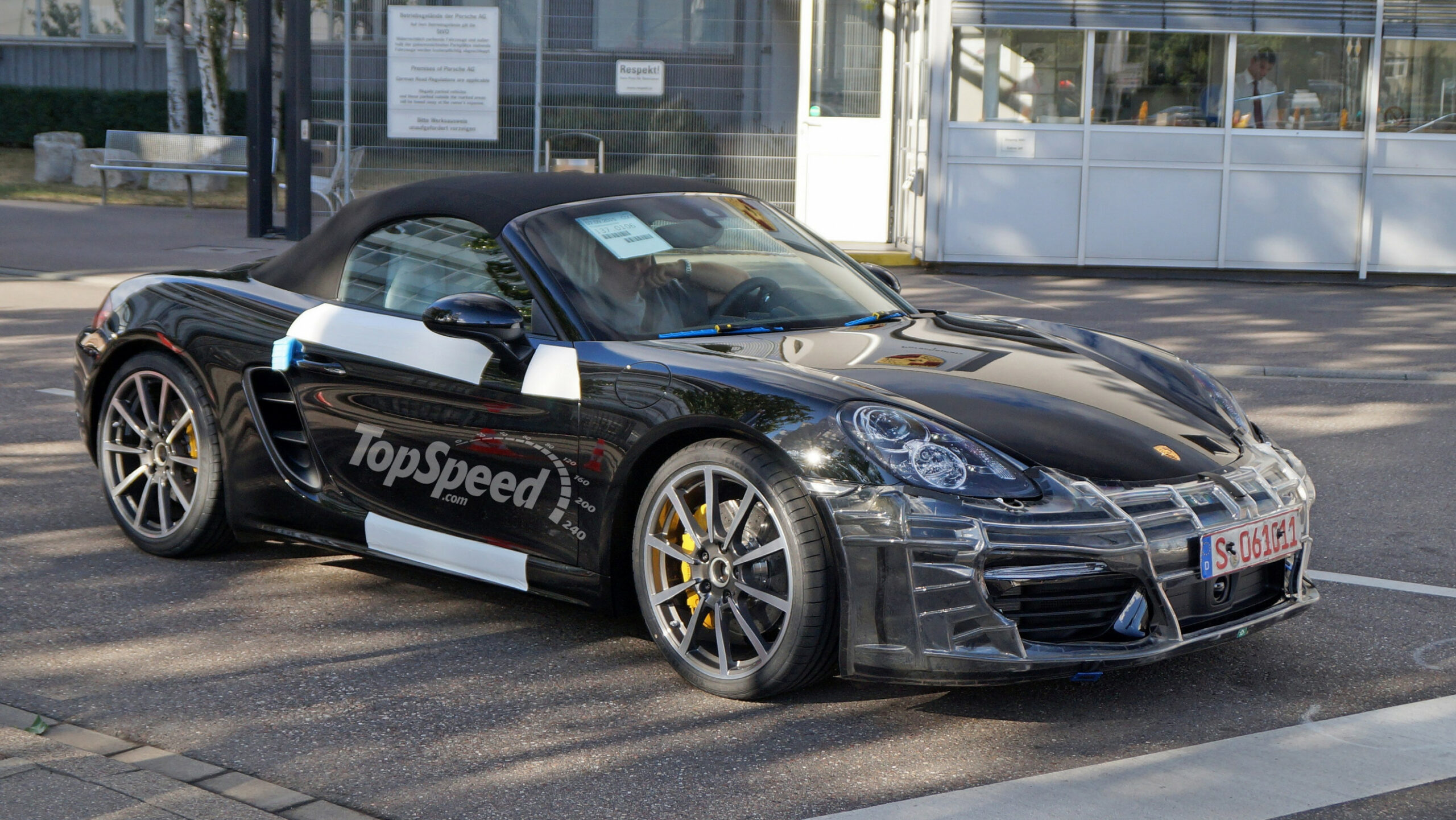Specs and Review 2022 Porsche Boxster S