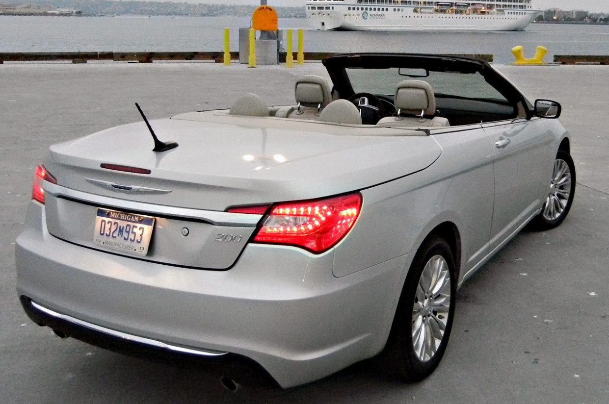 Price and Review 2022 Chrysler 200 Convertible