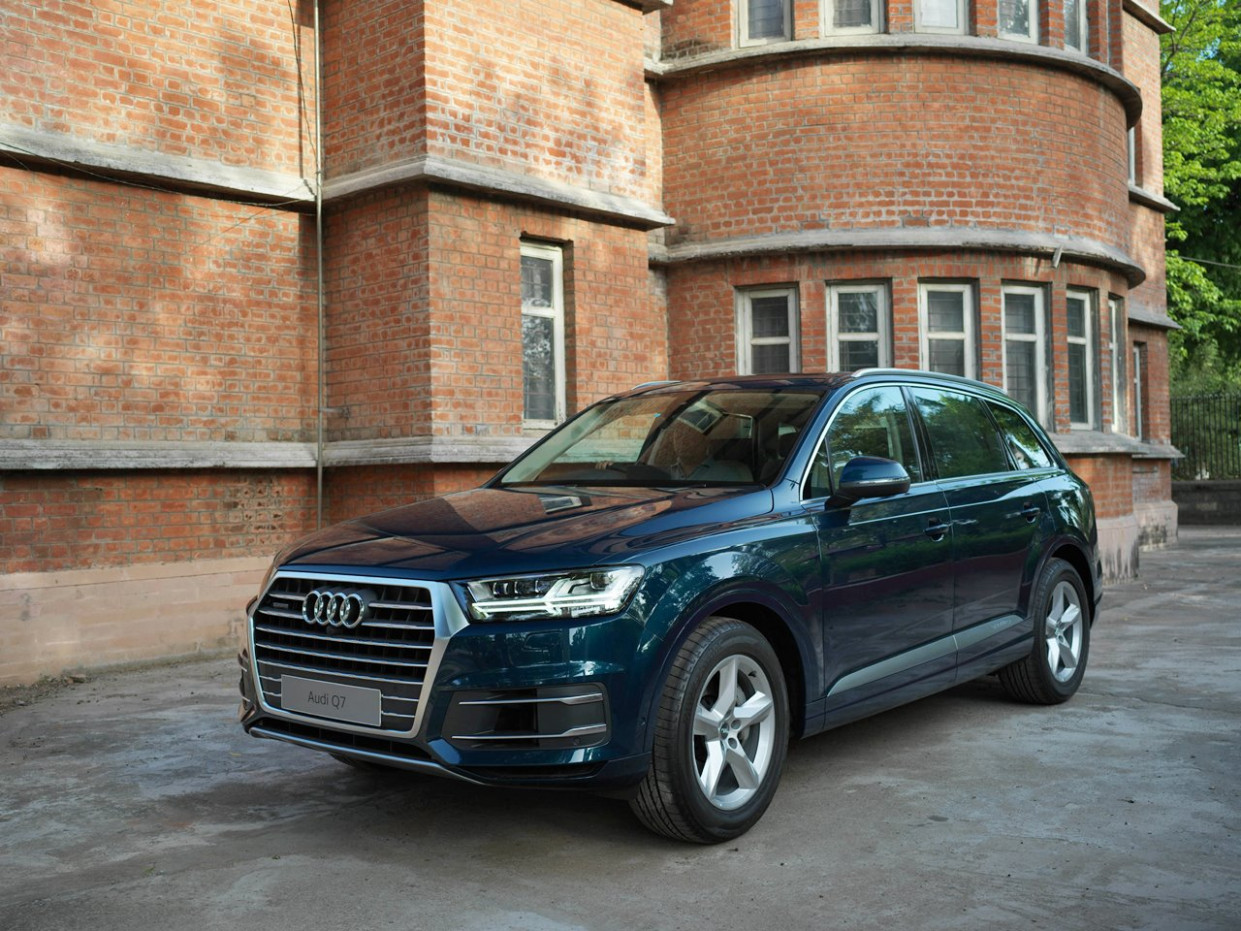 Performance and New Engine Audi Q7 2022 Update